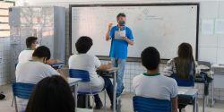 Profissionais da educação de Fortaleza serão todos imunizados contra Covid até o fim de agosto, diz prefeito